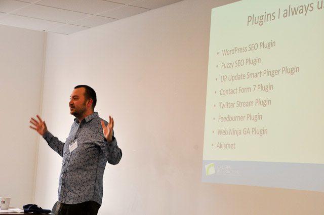 Mike Briggs talks SEO at TBU - Travel Bloggers Unite (TBU) In Manchester