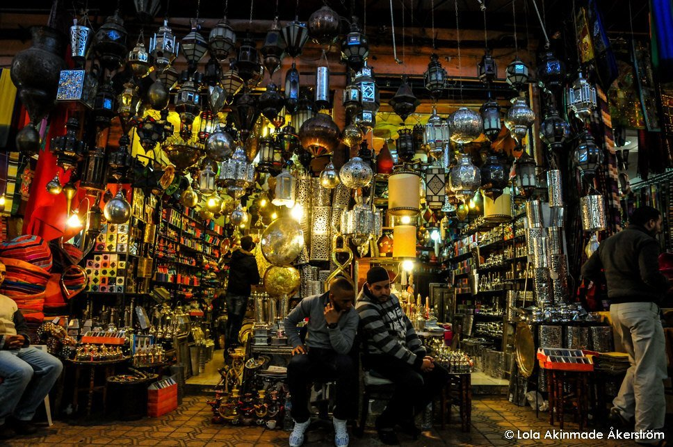 Shopping - Souks in Marrakech, Morocco - Travel photography by Lola Akinmade Åkerström