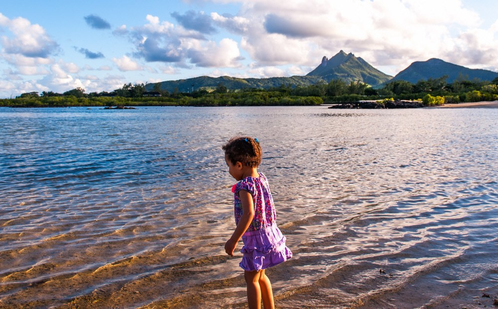 Traveling with Toddlers: How I keep my sanity