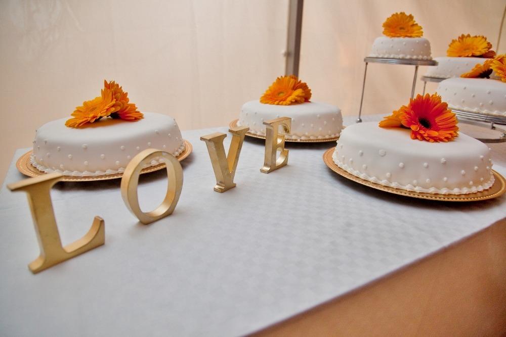 Wedding cake - Lola Akinmade Åkerström