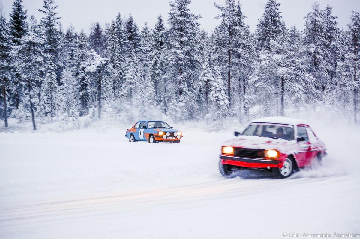 Snow Car Racing